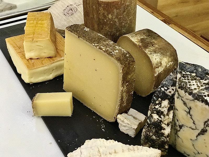 Poncelet Cheese Bar celebra sus 15 años de historia con muchas novedades
